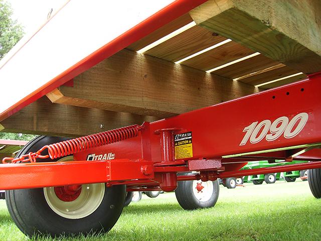 E Z Trail Farm Wagons Arthur Il Products Bale Wagons